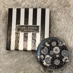 Henri Bendel compact mirror, new never used